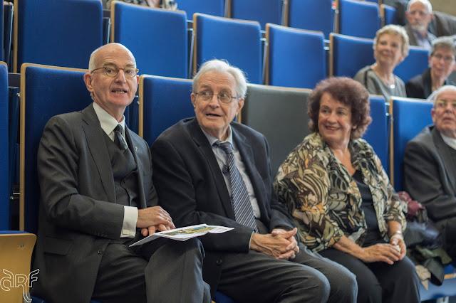 left: Prof Dr M.E. Brinkman