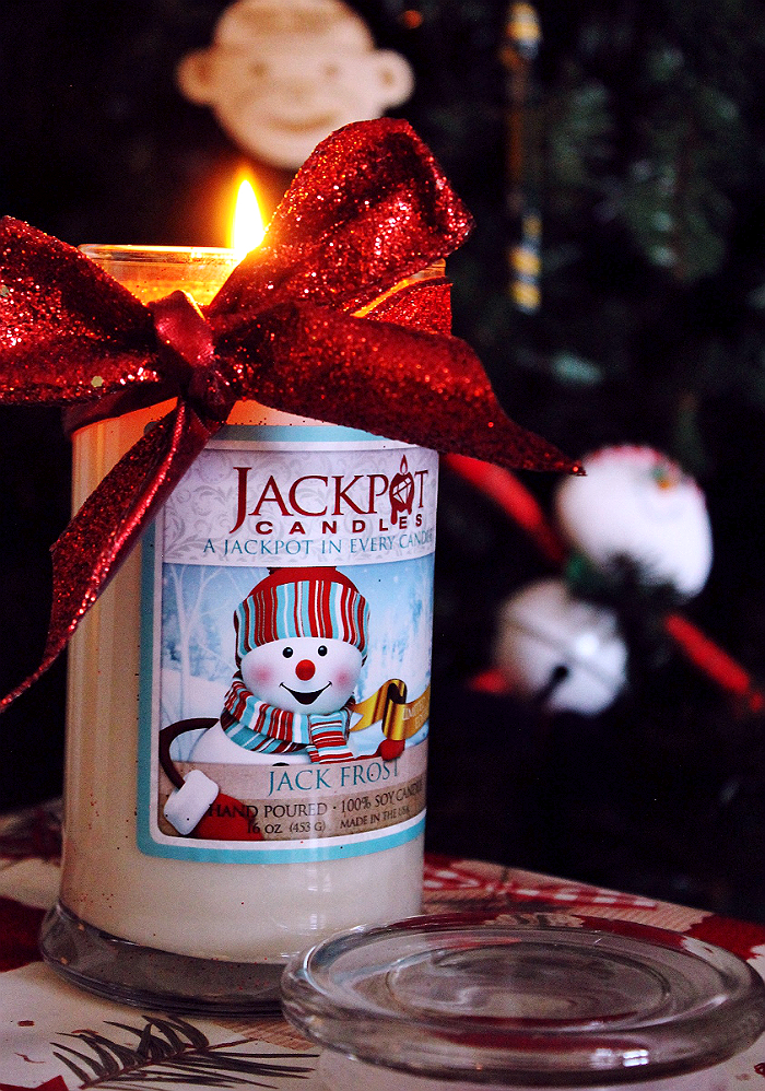 Jackpot Candles offer sized ring surprise candle gifts, or necklace and earring hidden jewelry candles in a variety of fragrances and formats.