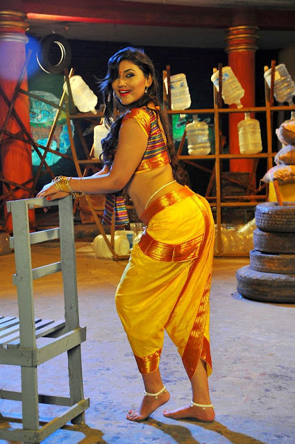 Hot Neethu