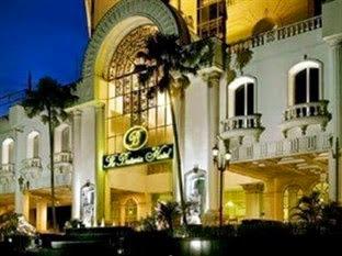 de Rivier Hotel