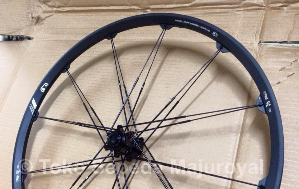"Wheelset 27,5"" atau 26"" Crankbrothers Iodine2 Black Front"