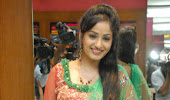 Enticing Madhavi latha in salwar kameez at sreeja fashions south silk festival 2013 launch