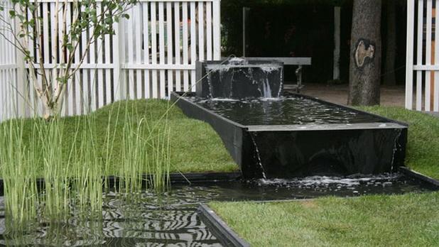 Deco chambre interieur id es cr atives pour cr er une zone d 39 eau d corative dans votre jardin for Bassin design