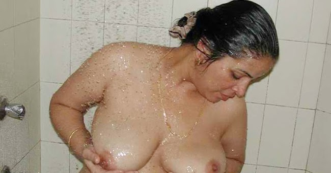 Hot mallu suchking image that