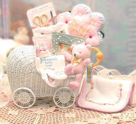 Bassinet Gift Basket2