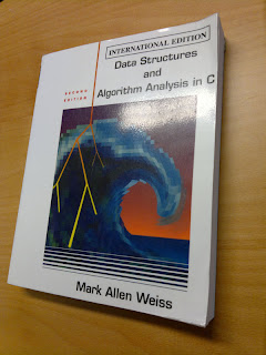 Data Structures and Algorithm Analysis in C  Skriven av Mark Allen Weiss