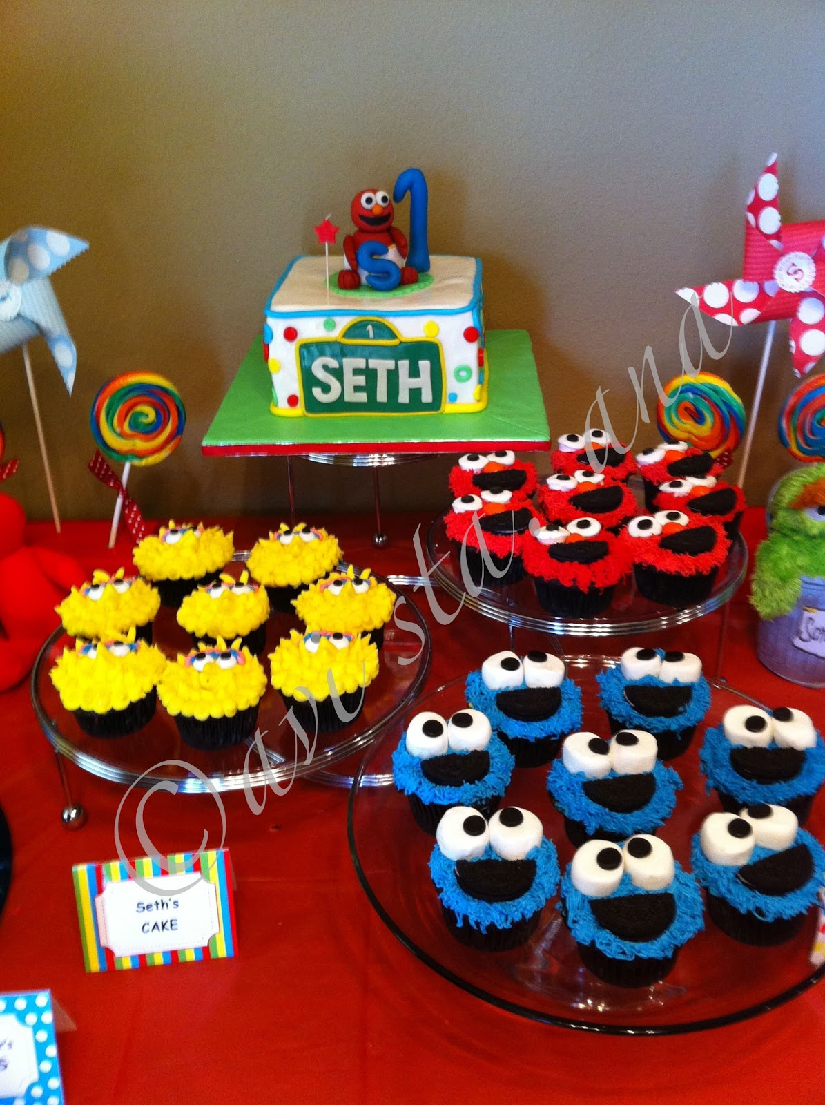 A Lot of Sugar Sesame Street Cake