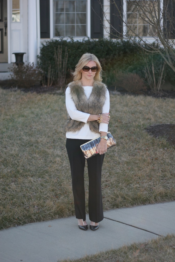 lulu looks, Ann Taylor, Nordstrom, Limited, Tahari, DSW, Hobo, Vince Camuto, Banana Republic, Stella Dot, Michael Kors, OPI nail color, Prada, LosPhoto, Simply Lulu Style, black and white,