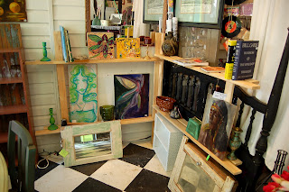 The corner bookcase is great for creative display of toys, books, objects and art.