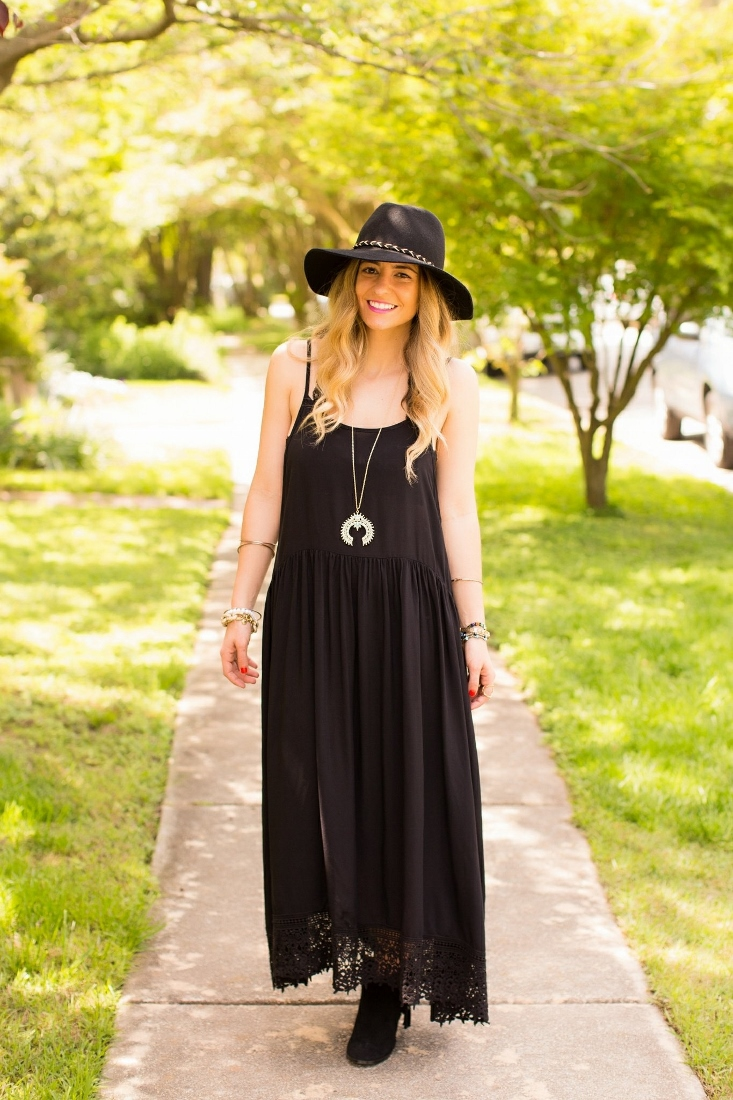 Boho Flowy Dress with Floppy Hat