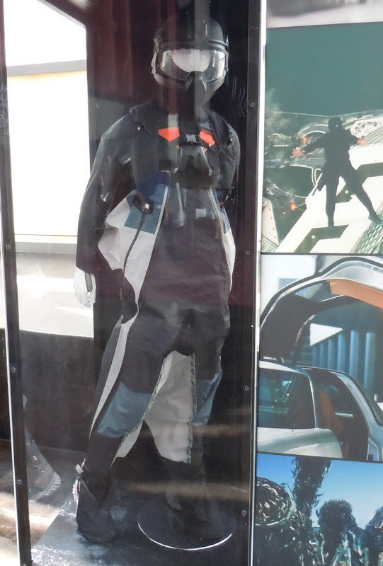 Transformers 3 skydiving wingman costume