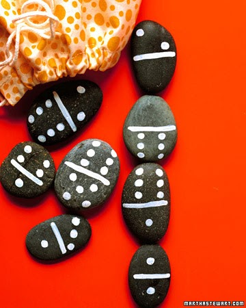 Crafty mojo crafts with kids make your own dominoes for Where to buy flat rocks for crafts