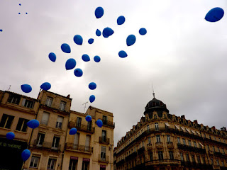 Des ballons pour Stéphane Taponier et Hervé Ghesquiere