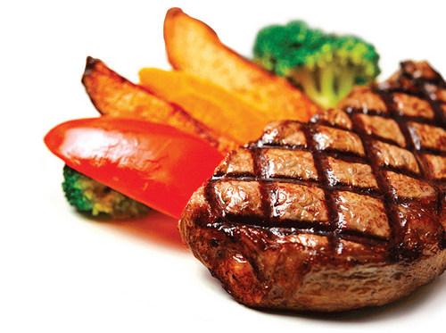 Daging merah mengandungi purina penyebab gout