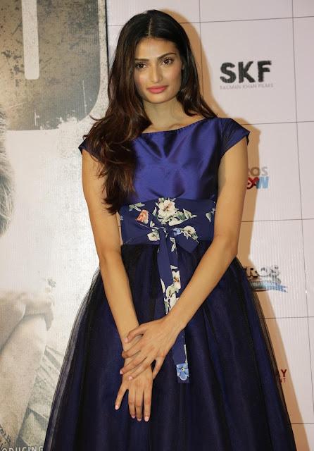 "Athiya Shetty Looks Smoking Hot In a Blue Dress At Film ""Hero"" Trailer Launch In Mumbai"