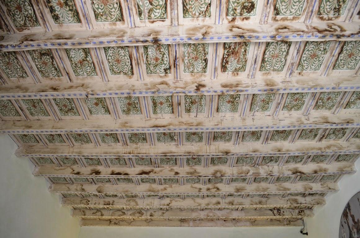 Soffitto Mattoni A Vista: Soffitto in legno a vista struttura e di del ...