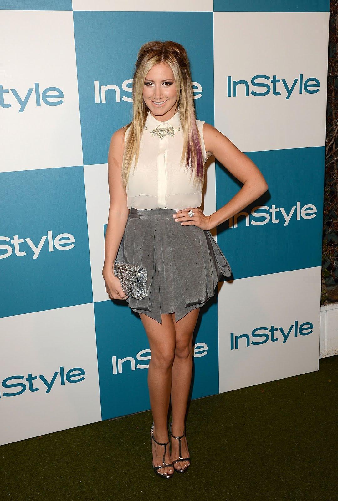 http://1.bp.blogspot.com/-fNo__aOM4Z0/UCYRwRjPR1I/AAAAAAAAAW4/ddM_ws5VXHE/s1600/Ashley_Tisdale_Feet_02.jpg