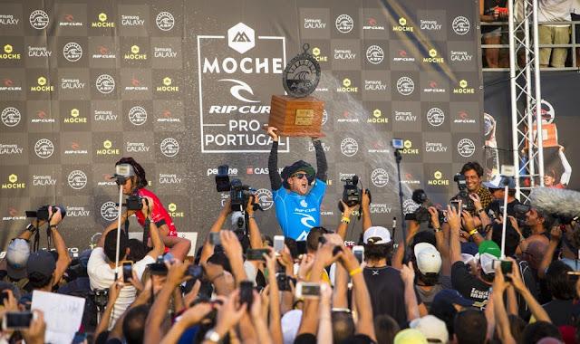 1 2014 Moche Rip Curl Pro Portugal Mick Fanning AUS Foto ASP Damien Poullenot Aquashot