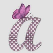Alfabeto con mariposas de colores y letras con texturas.