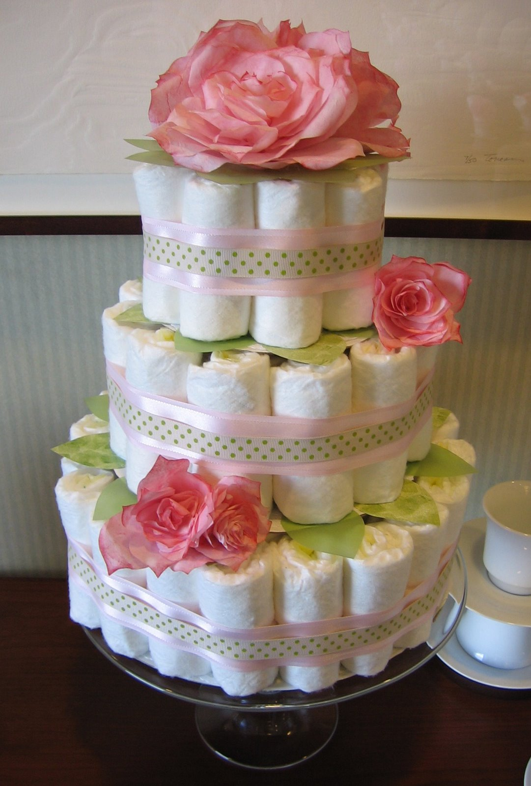 Baby shower cakes baby shower diaper cake centerpiece ideas for Baby shower decoration diaper cake