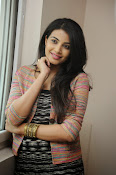 Kavya Shetty New Photos Gallery-thumbnail-7