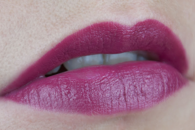 Ultimate Colour Lip Colour - Plum Fiction