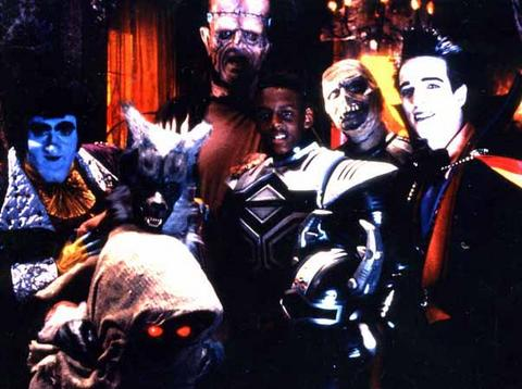 Big Bad Beetleborgs Haunted Hillhurst Mansion Inhabitants Flabber, Mums, Frankenbeans, Count Fangula, Wolfie