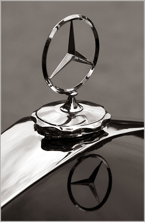 Everything About All Logos Mercedes Benz Logo Pictures
