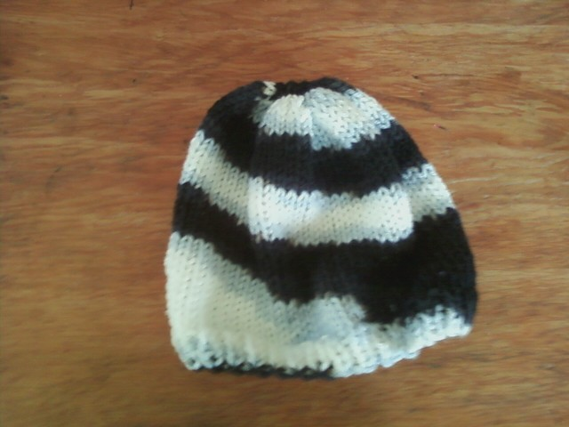 Knitting Pattern For Zebra Hat : The Knitting Otaku: Zebra Hat