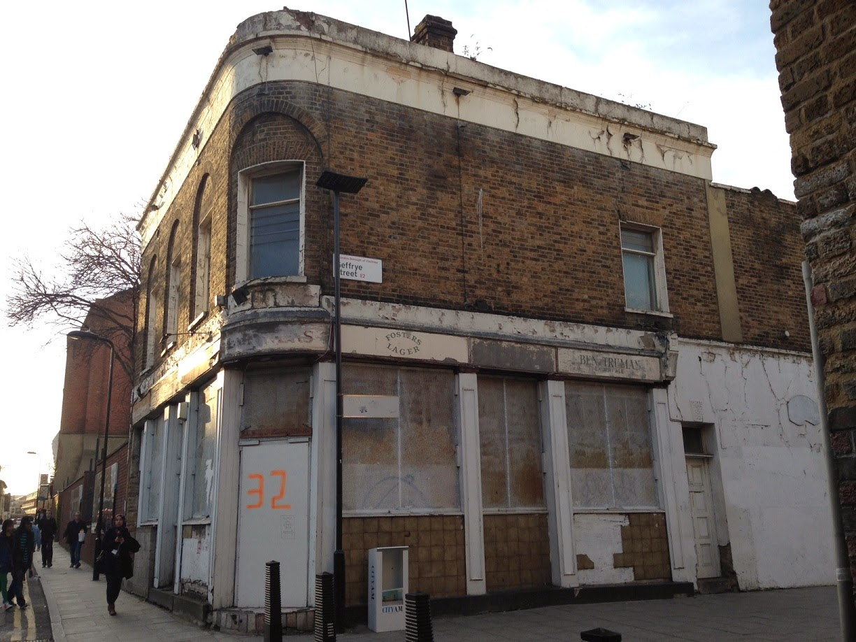 Abandoned pub, Hoxton, London