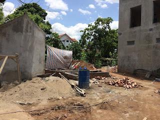 Các lô đất giá rẻ Đông Ngạc thổ cư đã được bán và chủ nhà hiện đang xây dựng 4,5 tầng