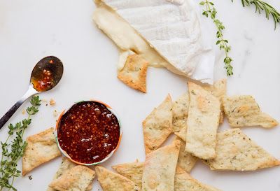 How to make a cheese plate impressive-but-accessible appetizer?