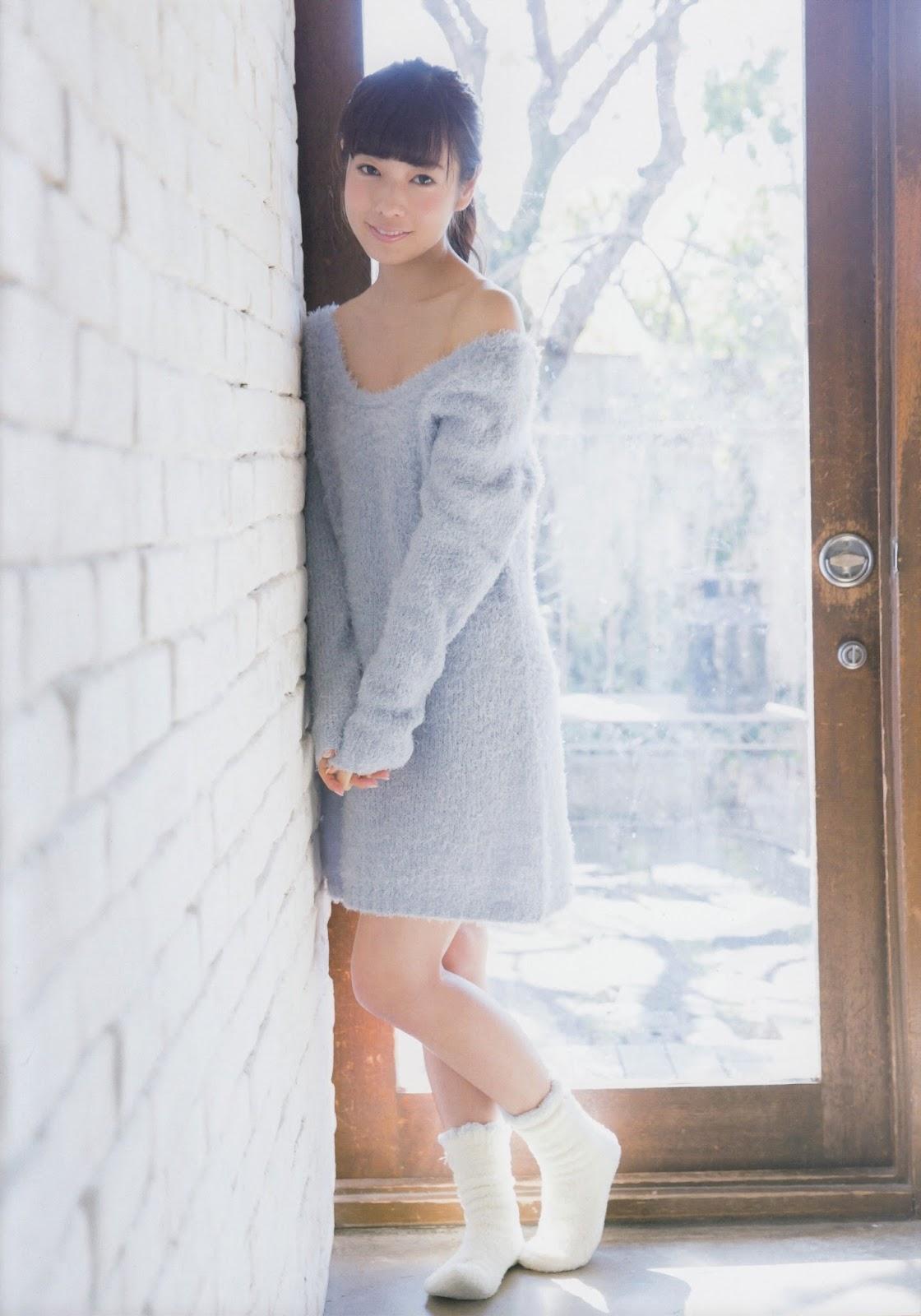 木漏れ日の下でもとても可愛い斉藤優里の画像♪