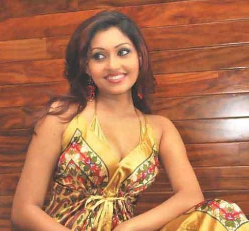 Aruni Rajapaksha - Sri Lankan Model