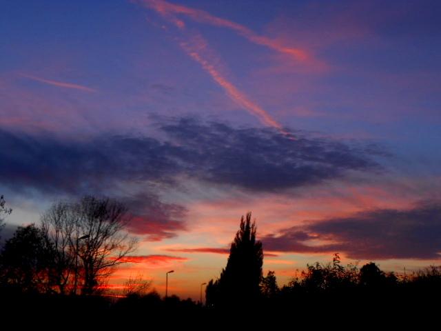 ''Atmospheric Optics '' ,topicul nostru de Optica Atmosferica  de pe www.cloudynights.com