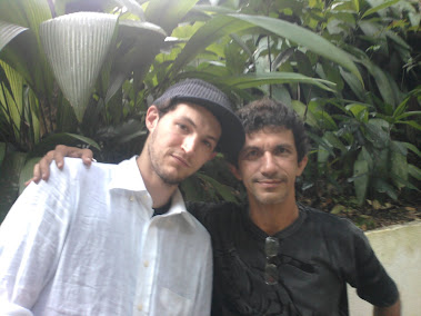 Josh Klinghoffer (Chili Peppers) Assis Cavalcanti