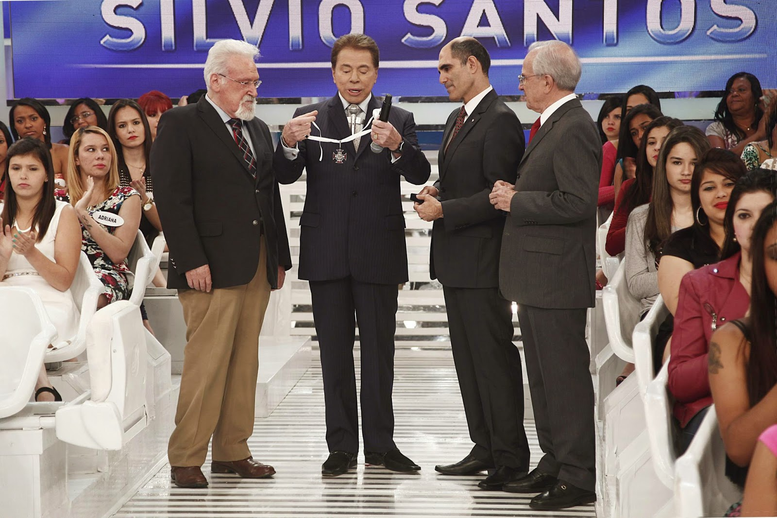 Antonio dos Ramos, Silvio Santos, Paulo Machado e Fernando Ramalho  (Crédito: Roberto Nemanis SBT)