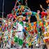 El carnaval cruceño, diversión para unos y rutina para otros