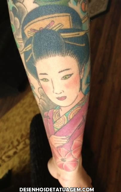 Linda tatuagem Gueixa