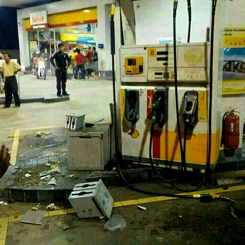 Orang mengamuk di stesen minyak Shell akibat harga minyak naik
