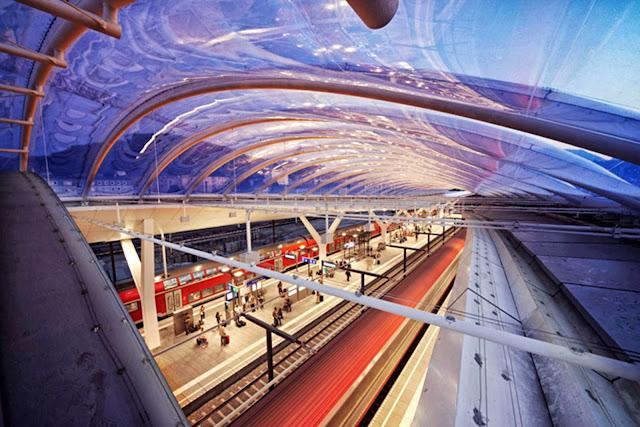 05-Central-Station-Salzburg-by-Kadawittfeldarchitektur