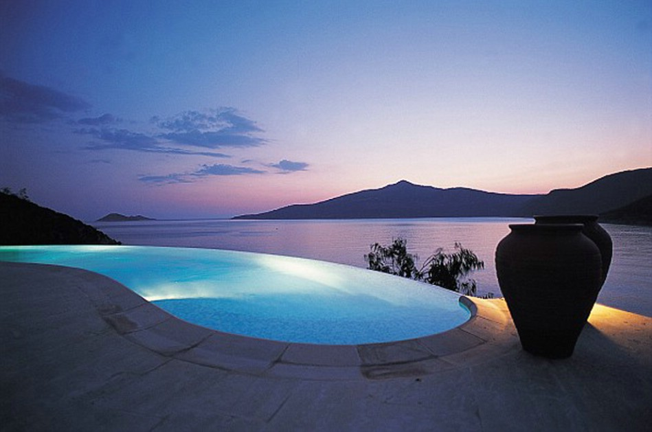 Blogs de turismo los hoteles con las mejores piscinas for Fotos de piscinas infinity