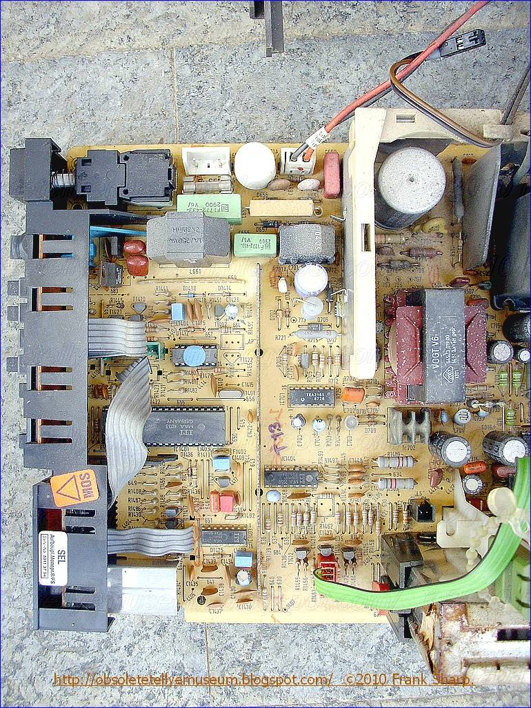 Obsolete Technology Tellye Schaub Lorenz Itt 8228 I Chassis Video If Circuit Tv Ii3 Power Supply Start Up After The Mains Have Been Switched On Vcc Storage Capacitor Of Tea2164 Is Charged