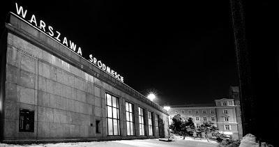 Dworzec Śródmieście nocą