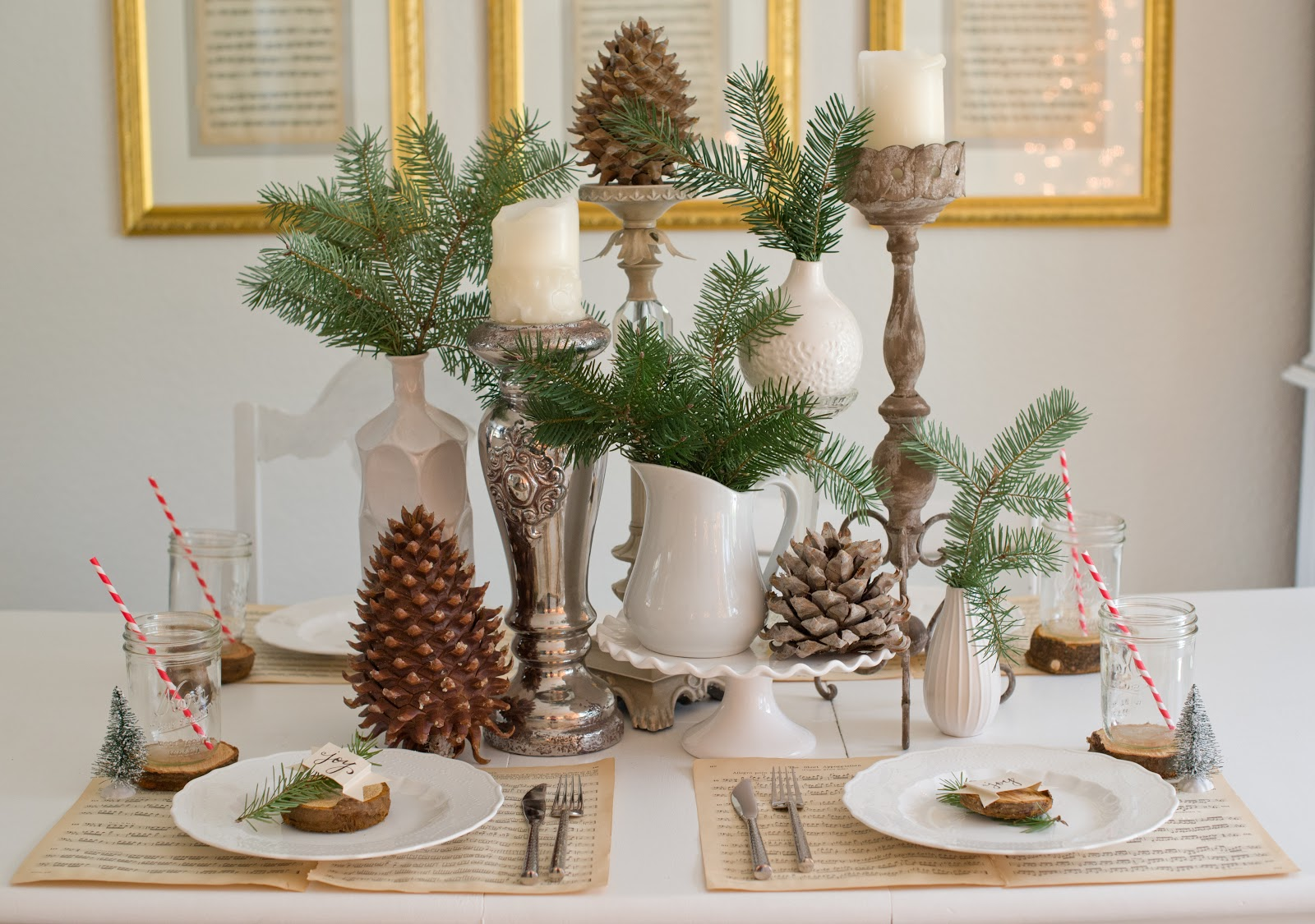 Domestic fashionista natural christmas tablescape for Deco de table noel