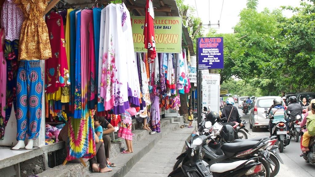 Toko Agen Mukena Bali mamaput di Denpasar