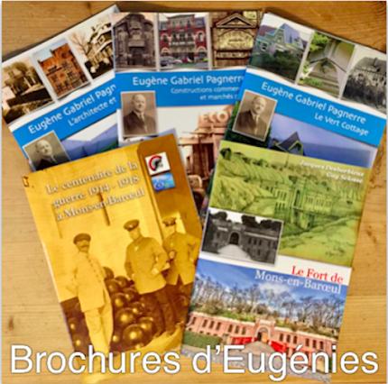 5 brochures