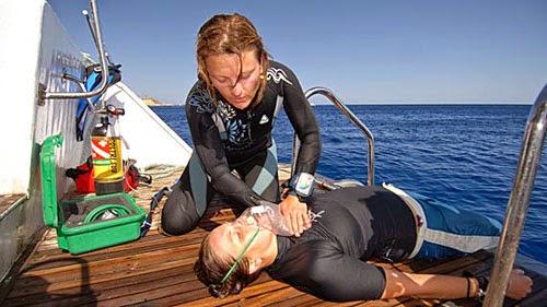 Buceo y soporte vital básico (SVB) - Scuba Plus - Buceo en Menorca