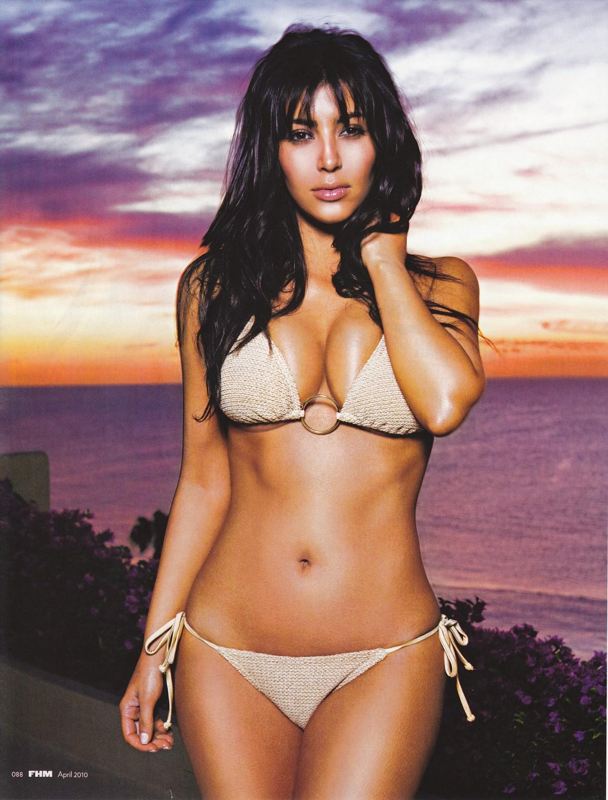 http://1.bp.blogspot.com/-fSOE17ieYbo/TeoG8qLOBUI/AAAAAAAAAGY/D9W-KzcPMhE/s1600/kim-kardashian.jpg