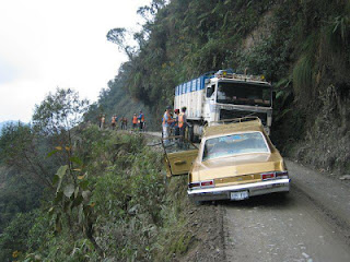 {7 FOTO} Jalan Paling Mengerikan Dan Mematikan Di Dunia | BOLIVIA